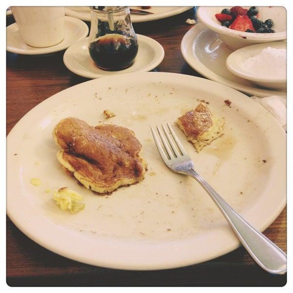 Foto tirada no(a) Original Pancake House por Marcus H. em 8/24/2013