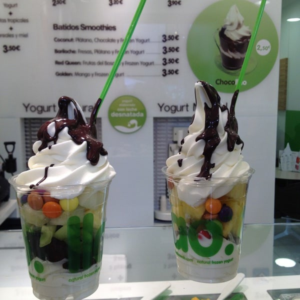 Photo taken at llaollao by Selin G. on 3/15/2013