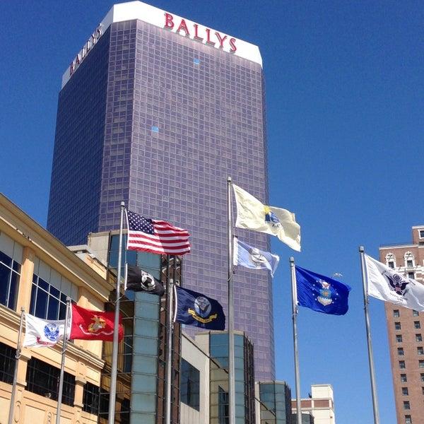 Photo taken at Bally's Casino & Hotel by Dan on 7/5/2013