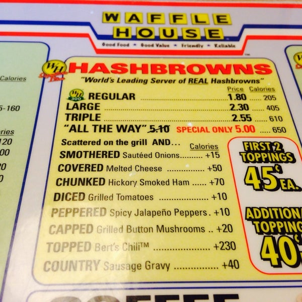 Photo taken at Waffle House by Omarvelous303 on 5/18/2014