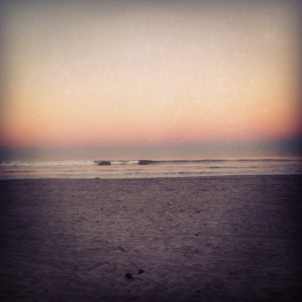 Foto tirada no(a) Mission Beach Park por Tawny em 3/10/2014