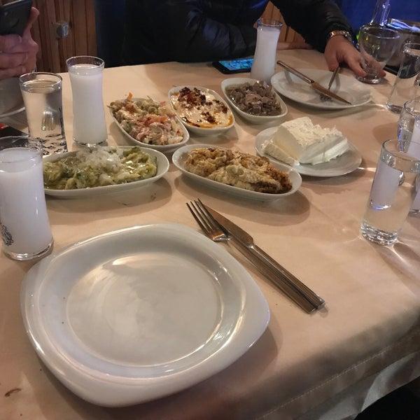 11/30/2017 tarihinde Serhat U.ziyaretçi tarafından Gölköy Restaurant'de çekilen fotoğraf