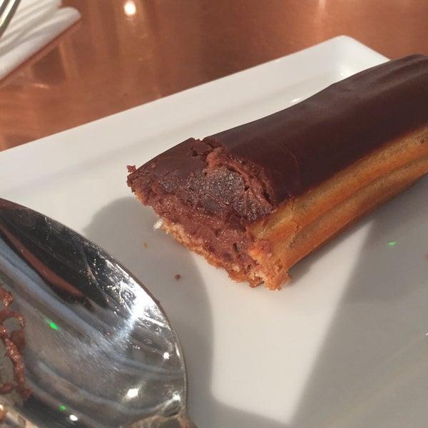 Excellent éclair au chocolat :-)
