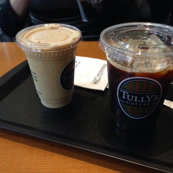 2/16/2014にyokaroumonがTULLY'S COFFEE 京急羽田空港駅店で撮った写真