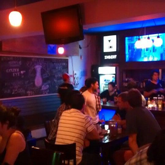 Foto tomada en Insert Coin Bar por Pablo P. el 3/7/2014