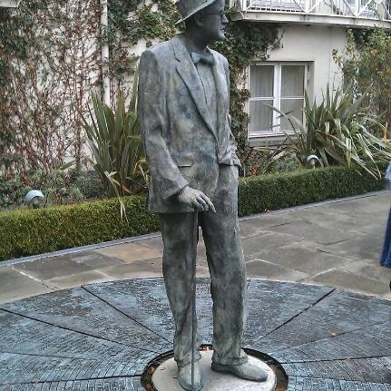 Photo taken at Merrion Hotel by K. A. L. on 11/18/2011