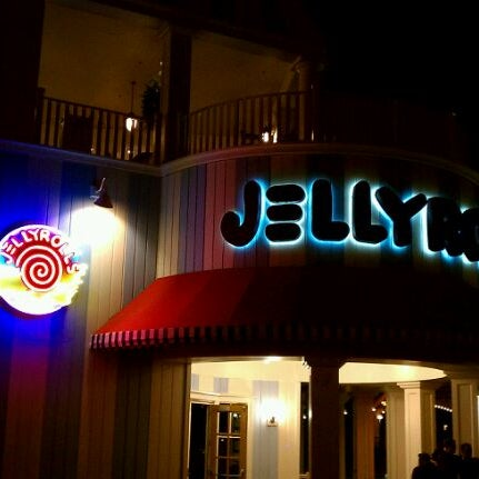 Photo taken at Jellyrolls by Brian L. on 1/27/2012