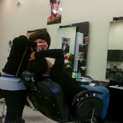 Miracle beauty salon salon barbershop in berkeley park for A b beauty salon houston