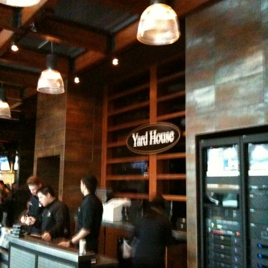 Photo taken at Yard House by Jarrod W. on 3/17/2012