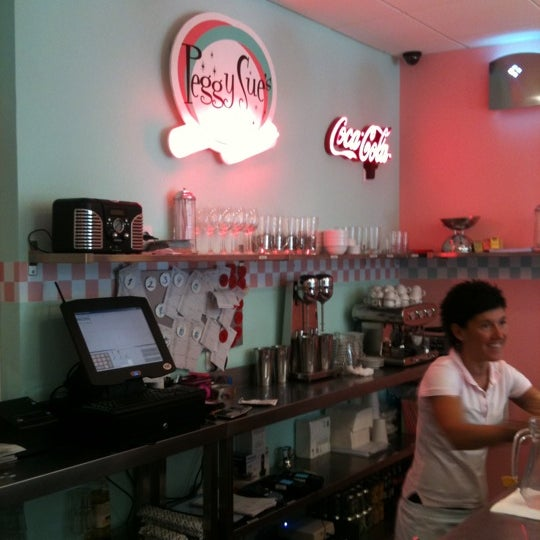 Photo taken at Peggy Sue's by Juan A. on 9/9/2011