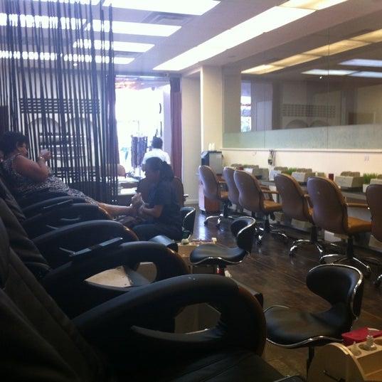 7/20/2011에 Elizabeth S.님이 Grand Day Spa & Salon에서 찍은 사진