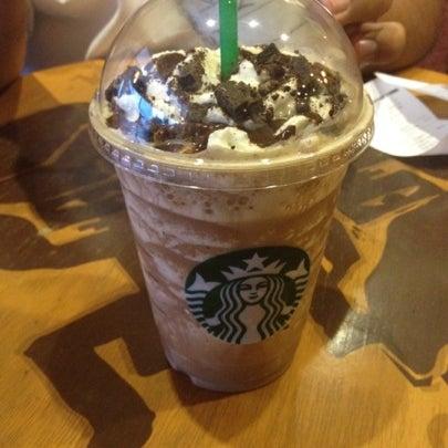 Photo taken at Starbucks by Wen Z. on 8/8/2012