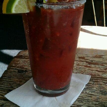 7/23/2011 tarihinde Carrie Z.ziyaretçi tarafından Random Order Pie Bar'de çekilen fotoğraf