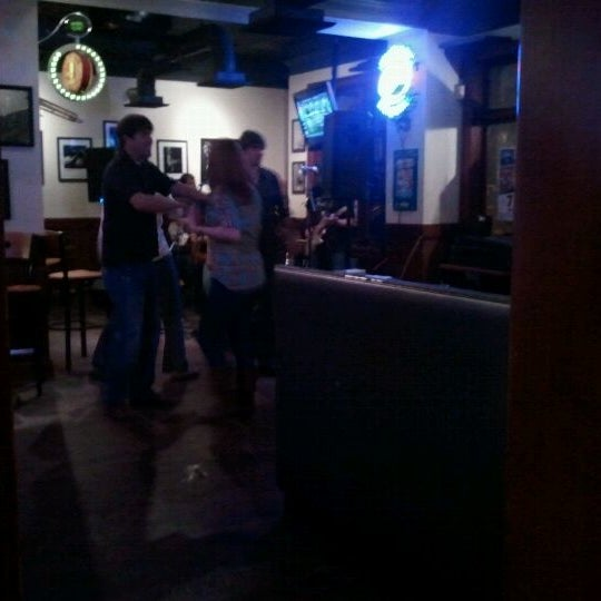 Photo taken at Humphrey's Bar and Grill by Eddie Y. on 11/8/2011