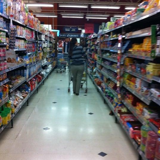 Foto tirada no(a) Pão de Açúcar por Edson A. em 9/10/2011