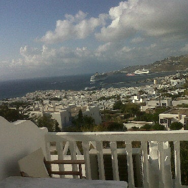 Foto tomada en Ibiscus Hotel por Fabrizzio N. el 9/24/2011
