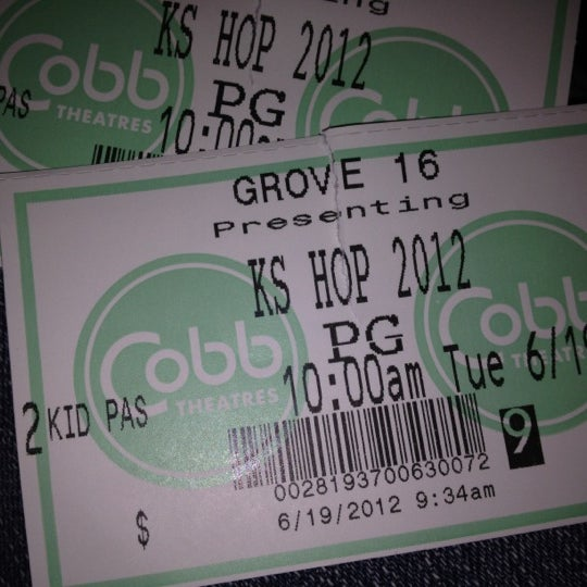 Photo taken at Cobb Grove 16 Cinemas by Michelle N. on 6/19/2012