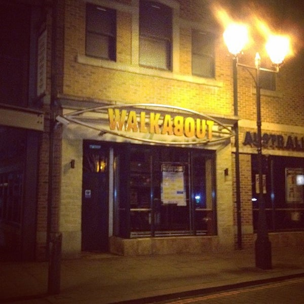 Photo taken at Walkabout Inn by Richard G. on 3/1/2012