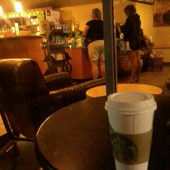 Photo taken at Starbucks by Antonio T. on 8/22/2012