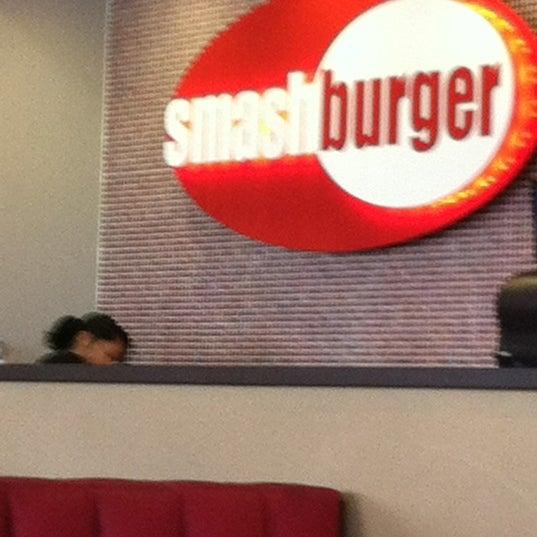 Photo taken at Smashburger by Gerardo A. on 5/19/2012