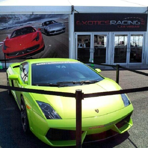 Foto tirada no(a) Exotics Racing por 24kMedia em 7/11/2012