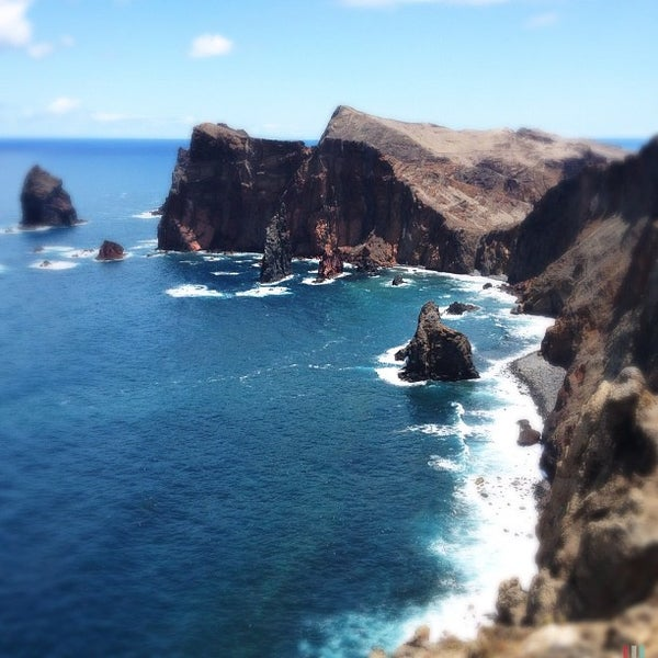 Where's Good? Holiday and vacation recommendations for Madeira, Portugal. What's good to see, when's good to go and how's best to get there.