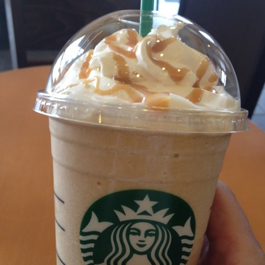 Photo taken at Starbucks Coffee ひたち野うしく店 by 剛 直. on 4/5/2012