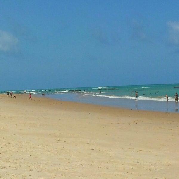 รูปภาพถ่ายที่ Praia de Guaxuma โดย André Luiz R. เมื่อ 3/3/2013