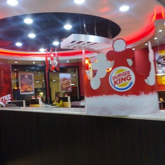 burger king centre av carrilet 359. Black Bedroom Furniture Sets. Home Design Ideas