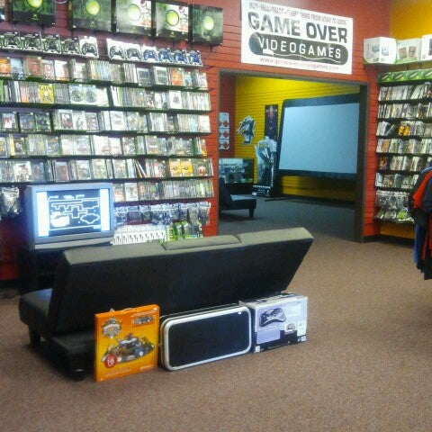 Photo taken at Game Over Videogames by Meranda C. on 6/29/2014