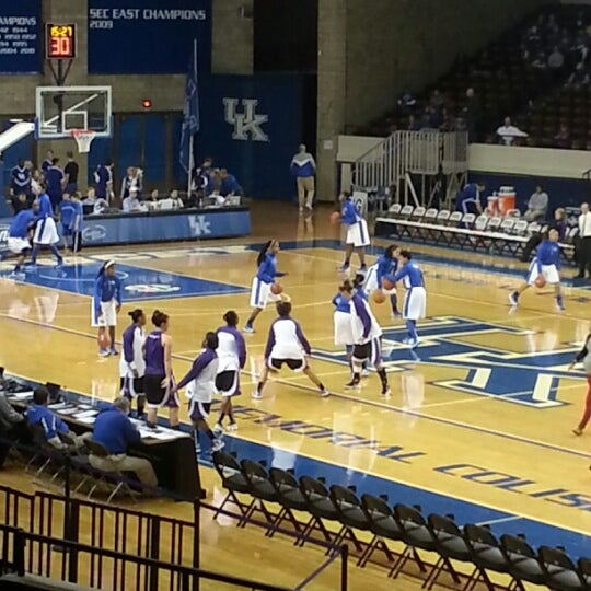 Photo taken at Memorial Coliseum by Melissa B. on 11/17/2012