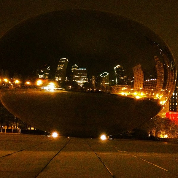 Photo taken at Cloud Gate by Anish Kapoor by Kirsti on 5/14/2013