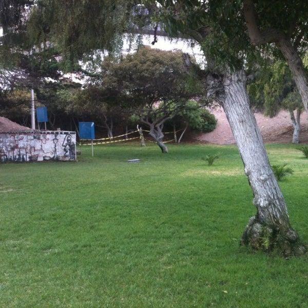 Foto tomada en Universidad Católica del Norte por Rodrigo el 5/24/2013