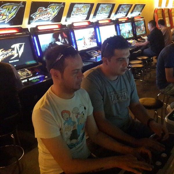 8/25/2013 tarihinde Okan B.ziyaretçi tarafından Fantasyland Oyun Merkezi & Coffee'de çekilen fotoğraf