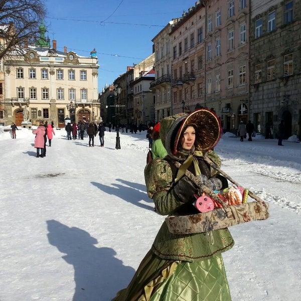 Снимок сделан в Площадь Рынок пользователем Ростислав Н. 3/16/2013