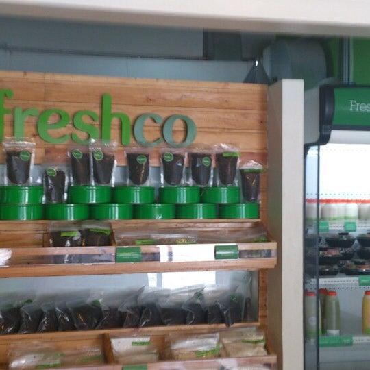 Photo taken at Freshco Bar Orgánico by Paula V. on 6/23/2013