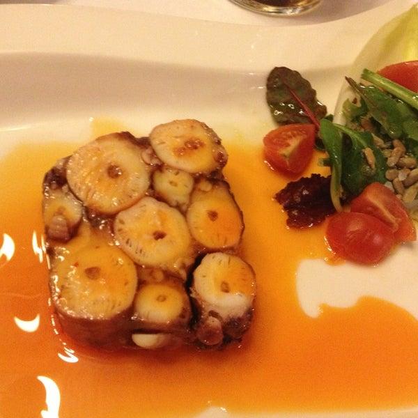 Foto tomada en Restaurante Ruta del Veleta por Juanjo el 2/22/2013