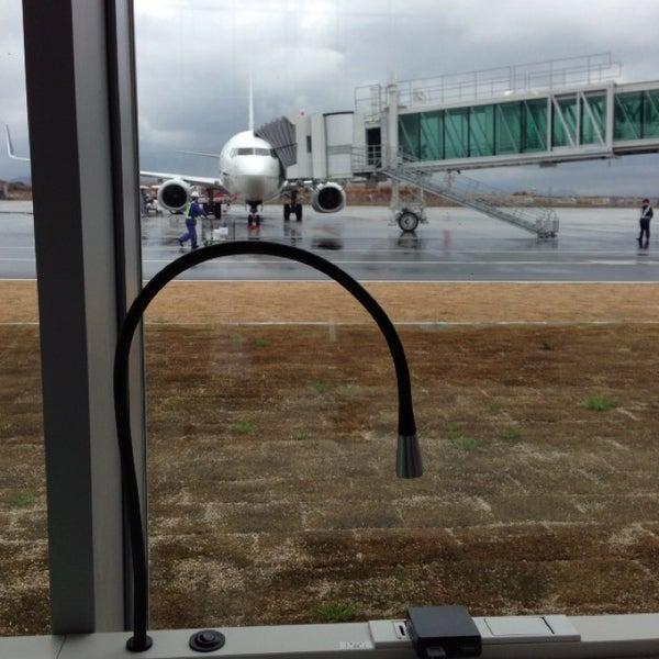 2/19/2013にMasayuki T.が岩国錦帯橋空港 / 岩国飛行場 (IWK)で撮った写真