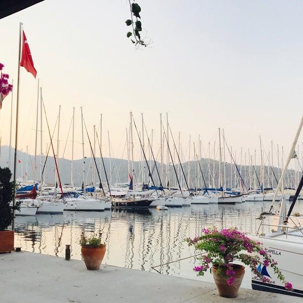 9/19/2017 tarihinde Gulsah🎀ziyaretçi tarafından Mod Yacht Lounge'de çekilen fotoğraf