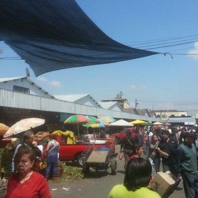 Foto tomada en Vega Central por Carlos A. el 11/10/2012