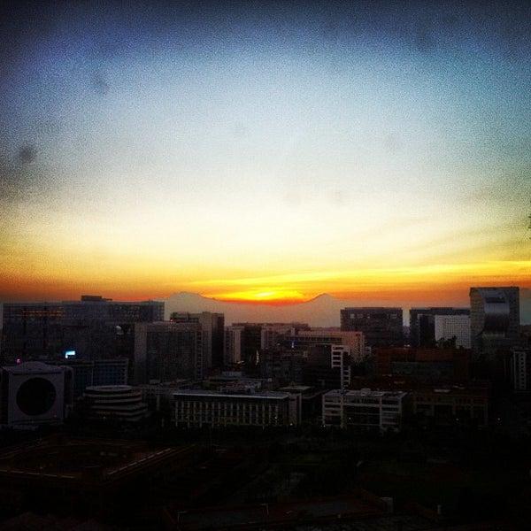 Photo taken at Torre Lexus by @renobartilotti on 12/26/2012