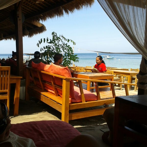 Where's Good? Holiday and vacation recommendations for Lombok, Indonesia. What's good to see, when's good to go and how's best to get there.