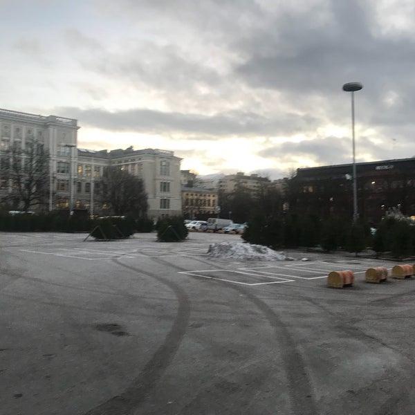Das Foto wurde bei Hietalahdentori von Rasmus S. am 12/18/2017 aufgenommen