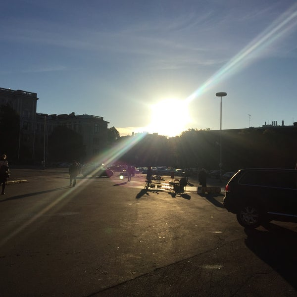 Das Foto wurde bei Hietalahdentori von Rasmus S. am 9/27/2016 aufgenommen