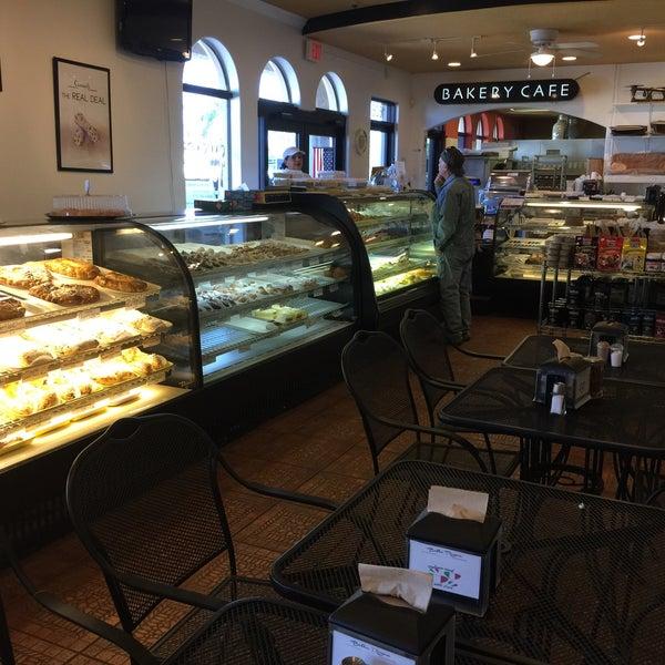 Bella roma bakery and italian marketmarket now closed for Ristorante elle roma
