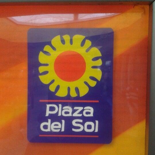 Foto tomada en Plaza del Sol por Salvador A. el 11/4/2012
