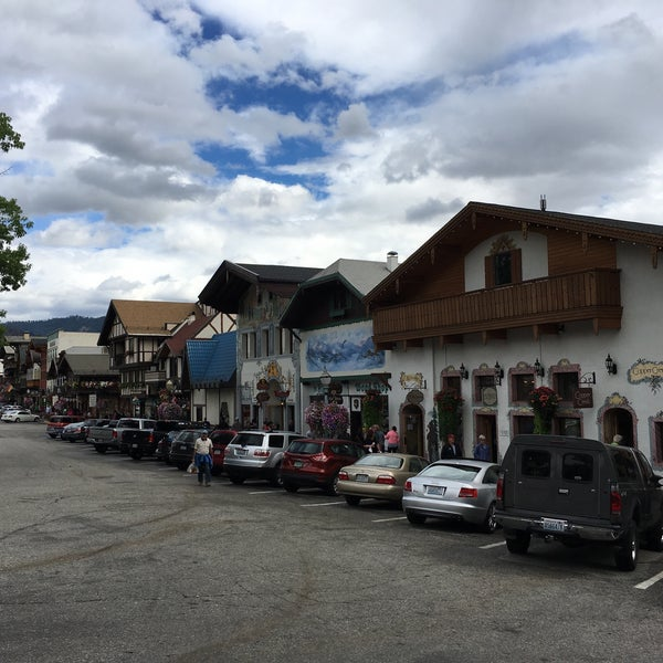Photo taken at Town of Leavenworth by Olesya on 9/2/2016