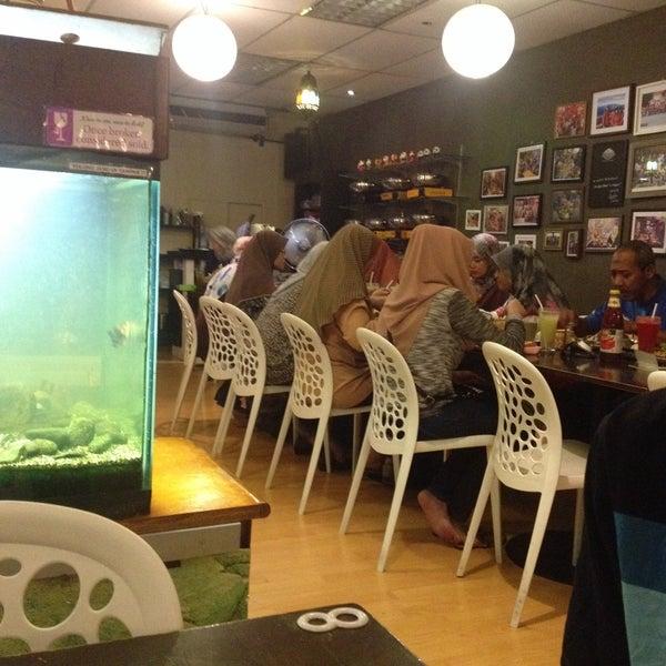 Photo taken at LeBOSS Restaurant by Datok A. on 7/26/2016