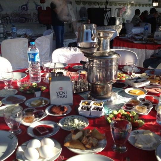 10/21/2012 tarihinde Caferziyaretçi tarafından Çamaltı Restaurant'de çekilen fotoğraf