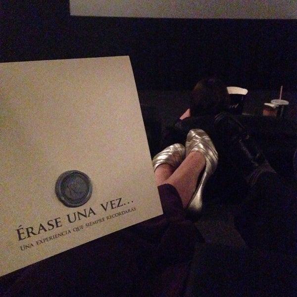Photo taken at Cinemex by Fernanda B. on 3/15/2015